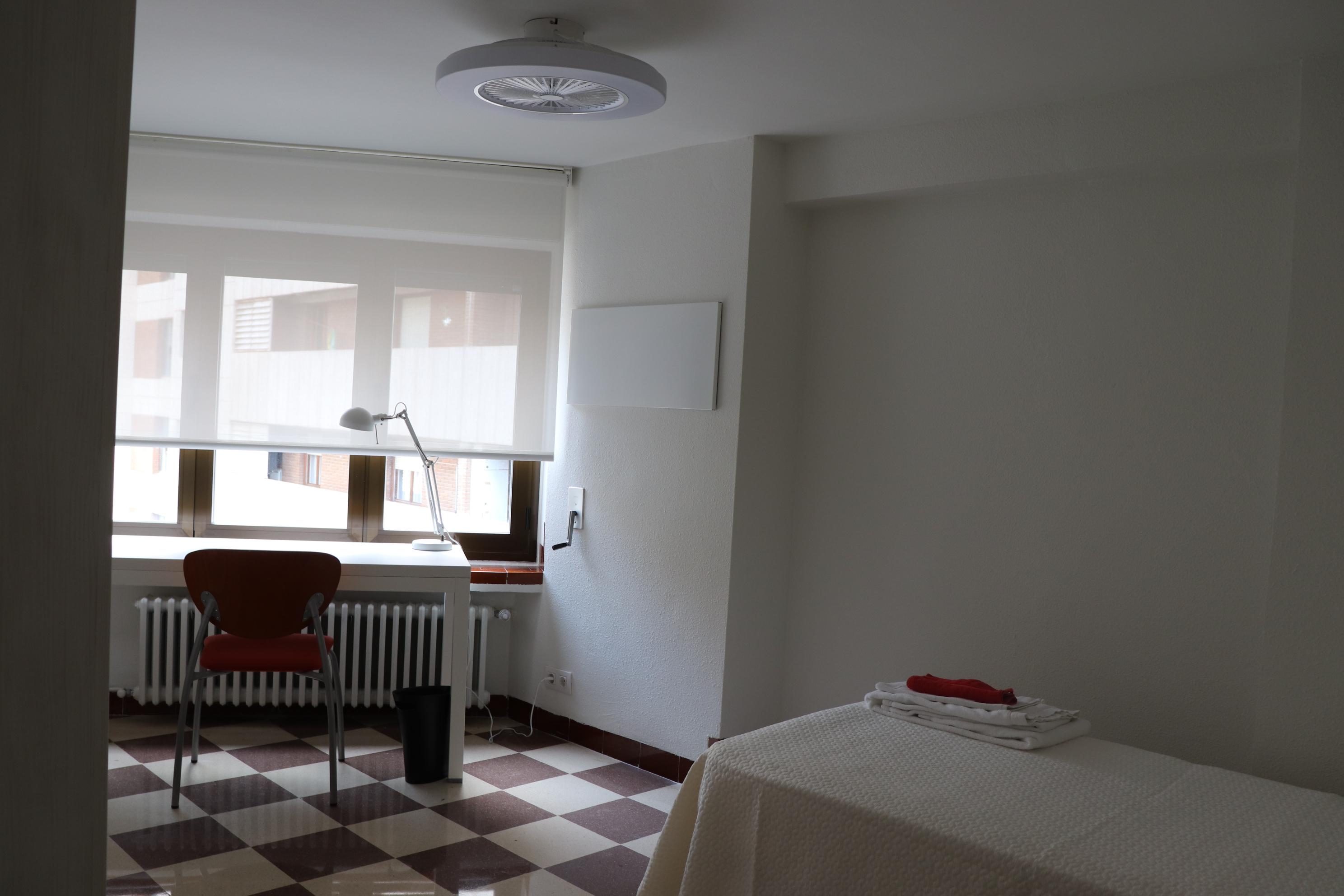 Habitación 3 Coelgio Mayor Peñalba