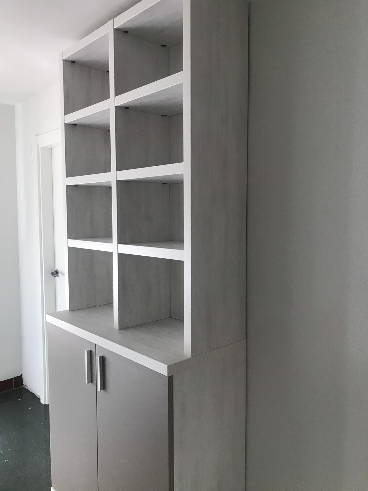 Mobiliario Nuevo Colegio Mayor Peñalba